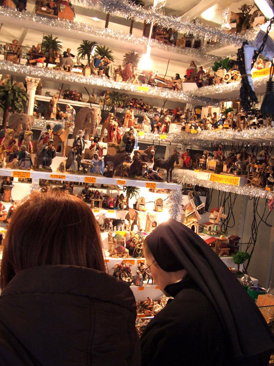 Weihnachtsmarkt auf der Piazza Navona 03